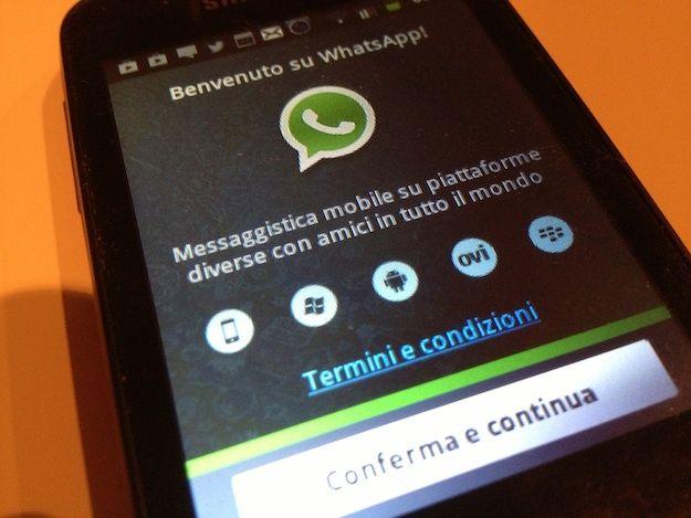 scaricare immagini whatsapp